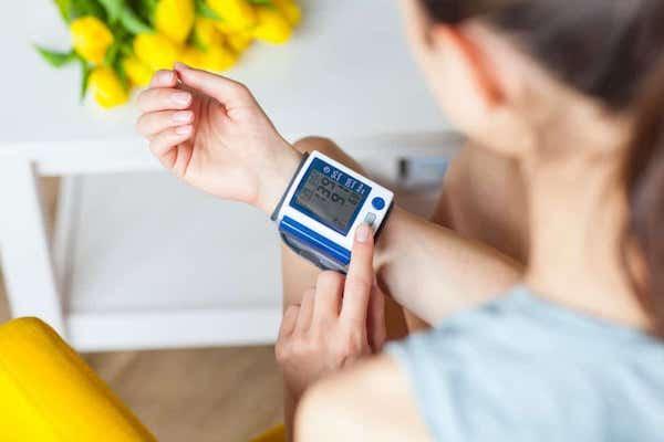 magas vérnyomású mentő gyógyszerek vegetatív dystonia és magas vérnyomás