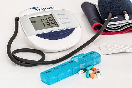 a magas vérnyomás kezelésének jelei magas vérnyomás magnikum