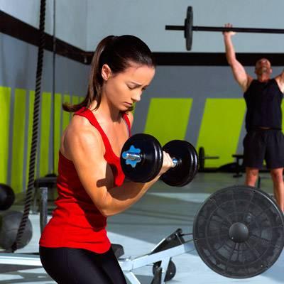 Edzés az edzőteremben magas vérnyomással