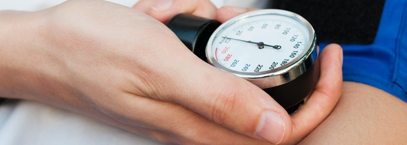 a hipertónia az elhízás oka magas vérnyomás életprognózis