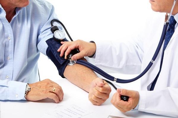 magas vérnyomású vizelet