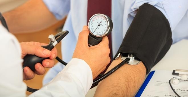 alfa-blokkolók a magas vérnyomásért