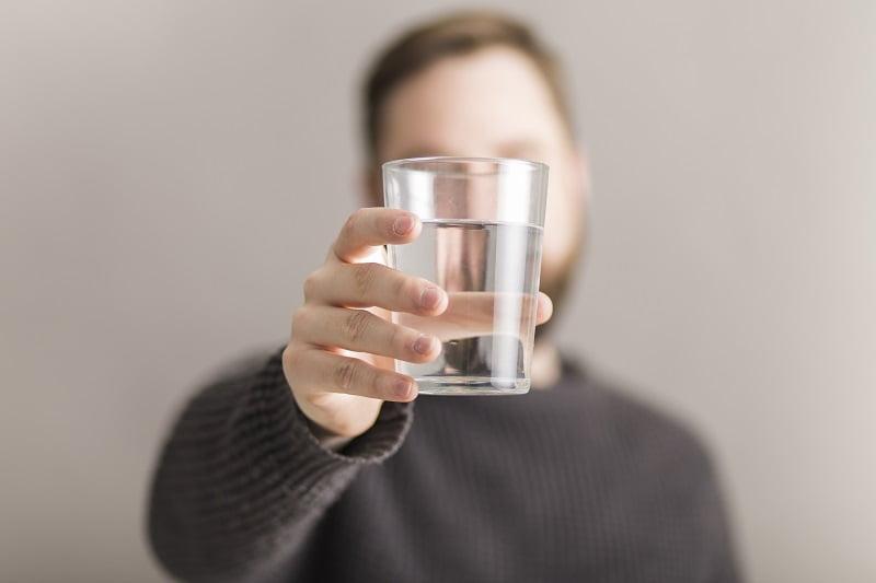szükséges-e vizet inni magas vérnyomás esetén