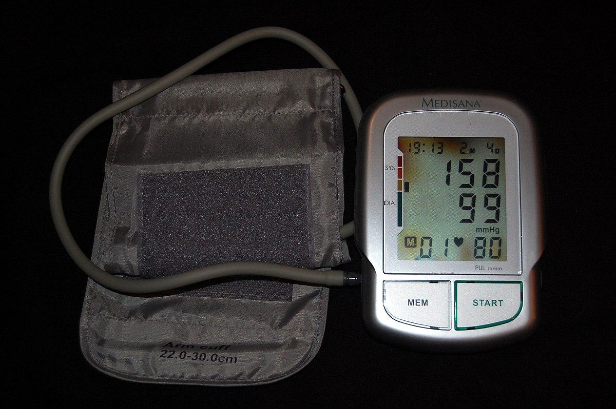 gyakorolja a magas vérnyomás kezelésére szolgáló gyógyító tornát