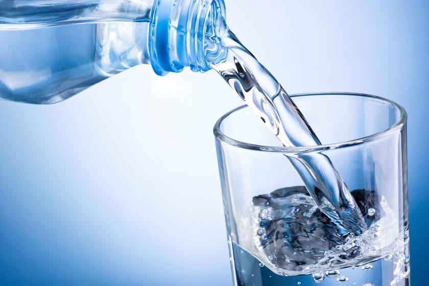magas vérnyomás esetén egy pohár vizet 3 fokozatú magas vérnyomás tünetei