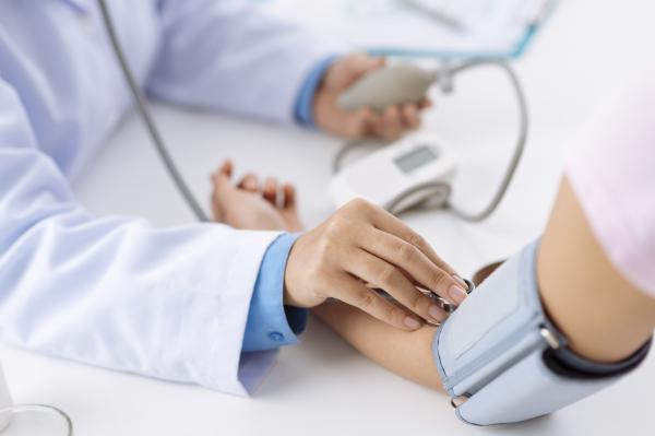 magas vérnyomás, terápiás masszázs avokádó és magas vérnyomás