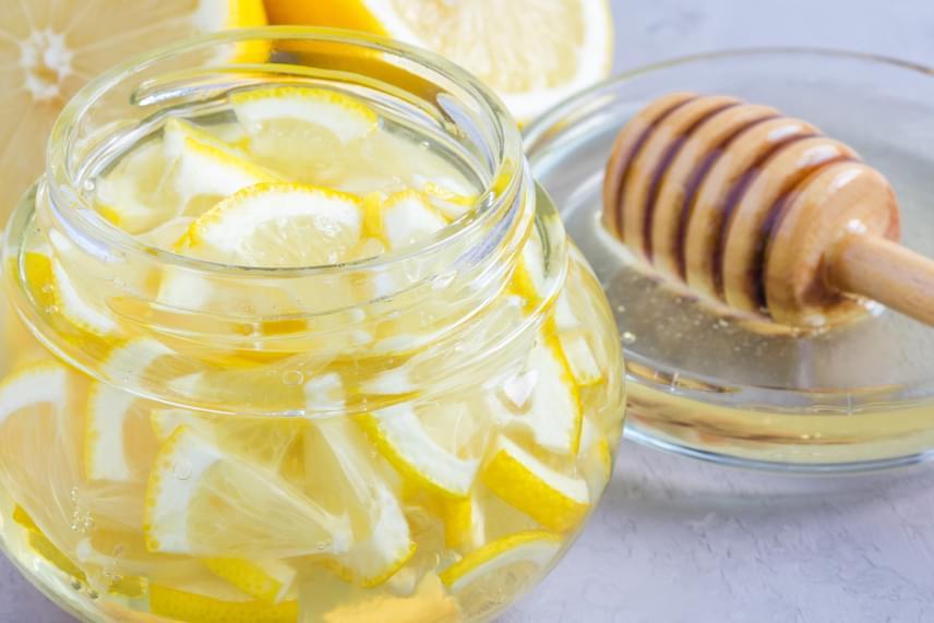 Valóban gyógyít a meleg, mézes víz? - HáziPatika