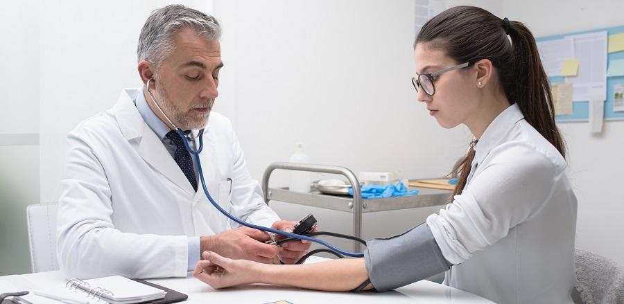 a magas vérnyomás megelőzése beszélgetés